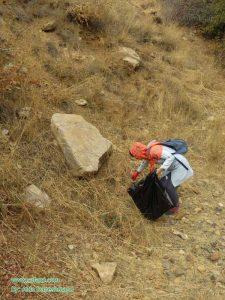 پاکسازی طبیعت روستای صمغآباد