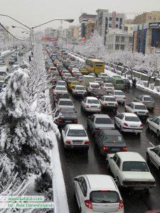 ترافیک در یک روز برفی-تهران