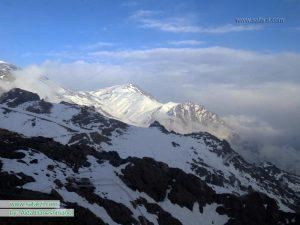 چشم اندازی زیبا از کوهستان-توچال